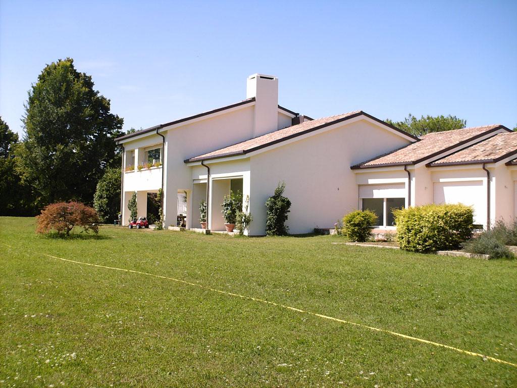Awesome pittura per esterno casa colori esterni di case - Pittura esterna casa ...